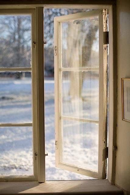 I love the smell of a cold winter day nothing beats it!