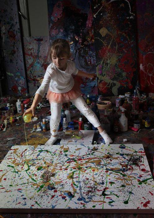 Аэлита Андрэ, 7-летняя художница из Австралии.По стопам Джексона Поллока.