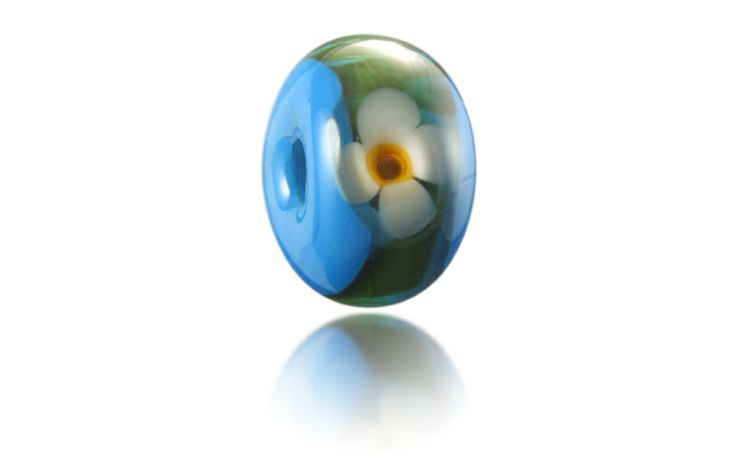 Woolacombe Beach Nalu Bead inspired by blue waters and rolling green hills covered in little white flowers...http://www.nalubeads.com/woolacombe