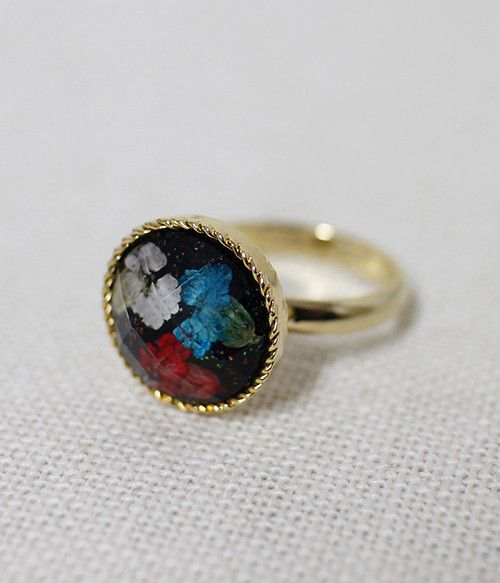 Real Flower Small Ring at only £5.20. Handmade in South Korea. Worldwide delivery available #Ring #Flower #Elegant
