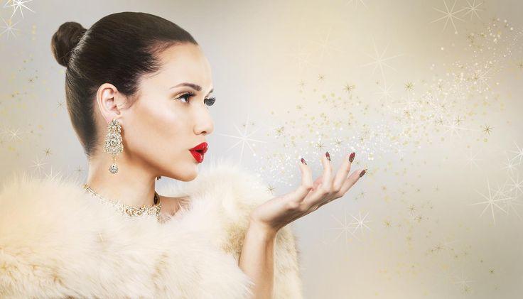 Szminka jest elementem makijażu, który dobrze użyty może podkreślić wdzięki każdej kobiety, a nawet uwieść rycerza na białym koniu. Źle dobrany kolor działa odpychająco i może przyczynić się do …
