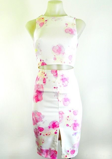 Ladies Sleeveless White & Pink Dress Fully Lined Hidden Zip By Luvalot RRP $ 69