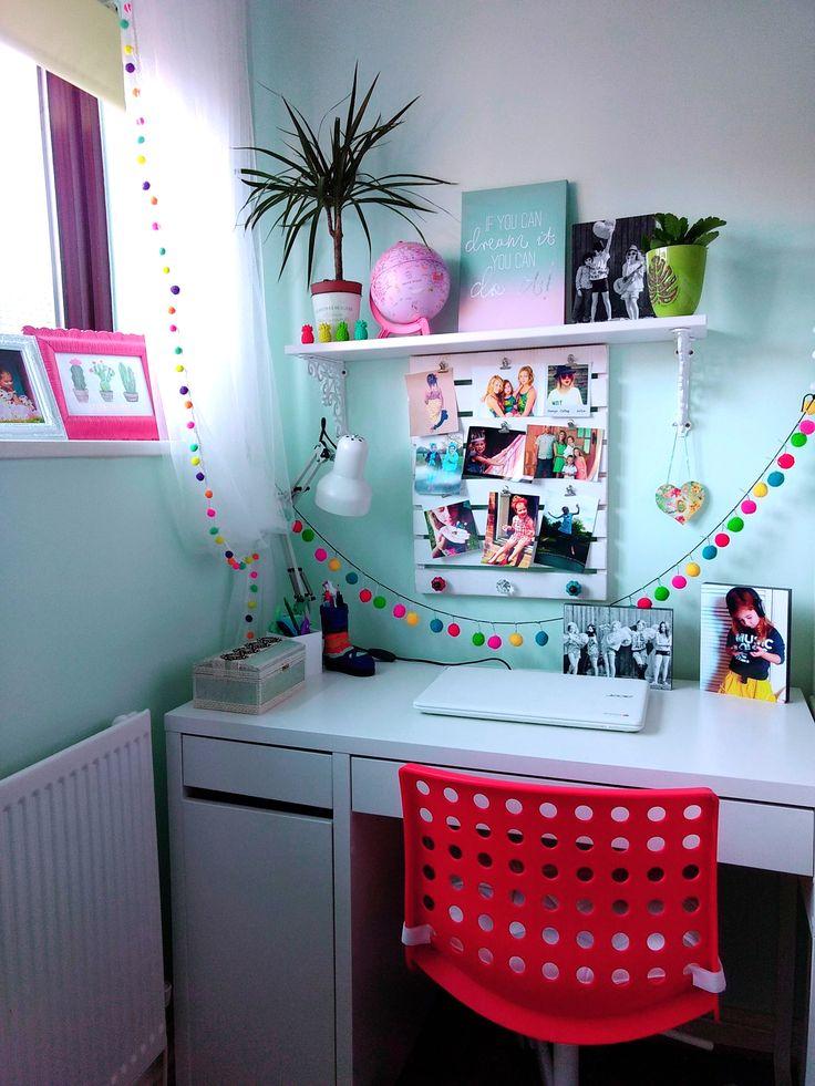 Ikea Micke desk in my girls bedroom