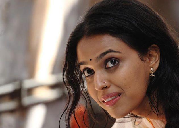 Swara Bhaskar Age, Height, Weight, Affairs, Figure, Measurements & Facts, Swara Bhaskar body measurements, figure size, height weight boyfriend movies shoe