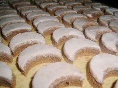 Vánoční ořechově čokoládové cukroví s rumovou polevou. Z uvedené dávky vyjde cca…
