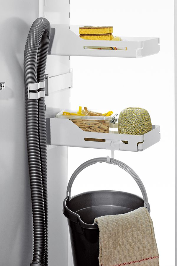 Putzschrank Aufbewahrung Von Putzmittel Und Reinigungsmittel Peka Putzschrank Reinigungsmittel Aufbewahrung