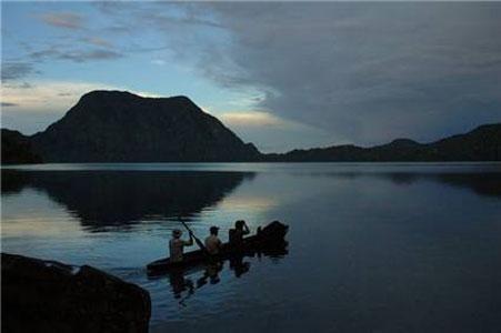 Danau Gunung Tujuh, Kabupaten Kerinci - Jambi - Indonesia