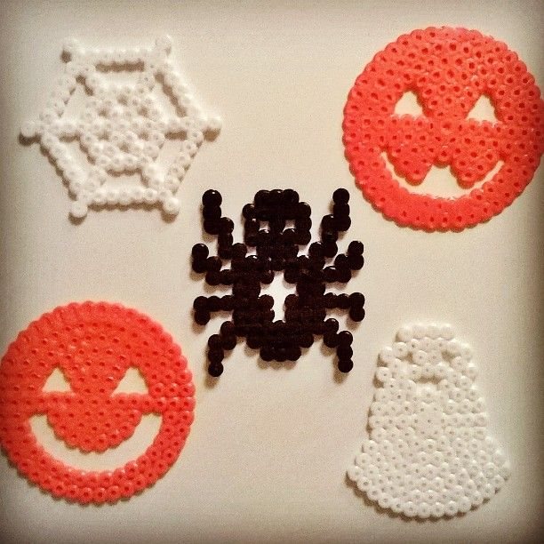 Halloween perler beads by christinabondedk