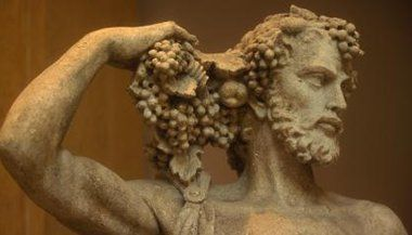 Artigo: Dionísio: O deus do vinho e da loucura