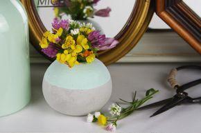 Betonvase rund kugelförmig DIY Anleitung
