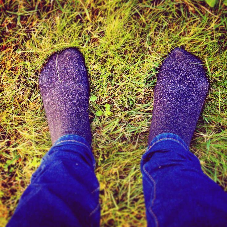 À mes pieds... Des chaussettes qui brillent pour me réchauffer (et une bonne paire de bottes fourrées) #amespieds #17projet52 #pieds #foot #chaussettes #socks #paillettes #cold #winteriscoming #challenge #photo #instadaily #instagood #blog #blogger #cuisineetmetissage