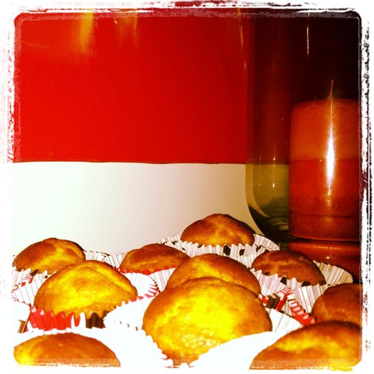 Yumieee....orage mini-cakes