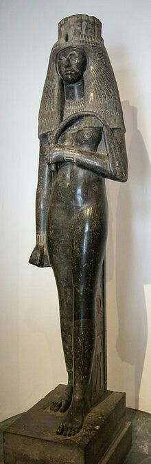 Statue of Tuya,spouse of Seti l from the Vatican. Akenaten Bluehorse