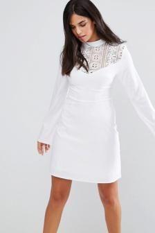 Vestido de novia civil escote subido $ 50.000