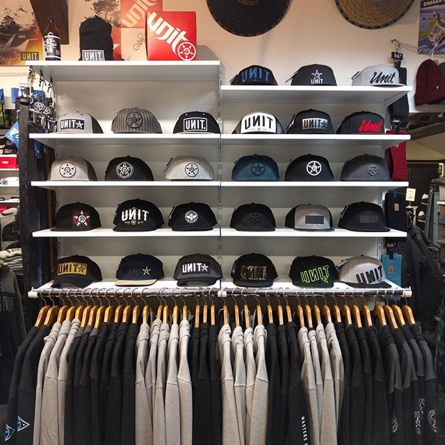 30 Trendy Hat Rack Ideas In 2021 A Review On Varoious Hat Racks In 2021 Clothing Store Interior Trendy Hat Clothing Store Design