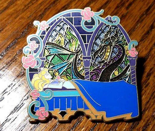 DLR Create-A-Pin Sleeping Beauty & Maleficent as Dragon LE 500 Disney Pin 67123