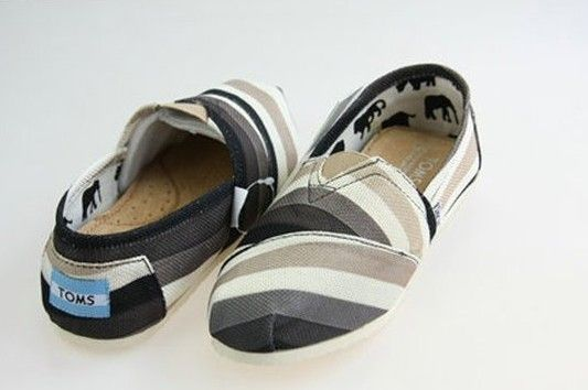 Toms Classics Women Black And White Rainbow Plaid Sale