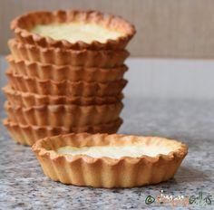Aluat pentru tarta reteta de baza Crusta pentru tartă se face foarte uşor. Ingredientele fac ca aluatul să fie elastic şi maleabil, uşor de întins...