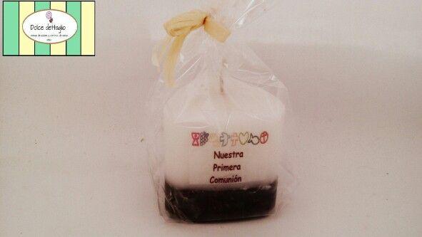 Vela con granos de café grabada para primera comunión