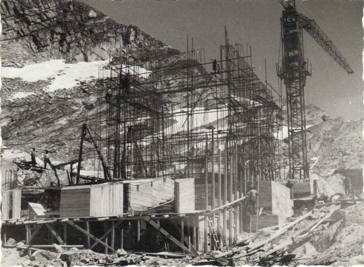 Costruzione della Stazione al Monte Moro