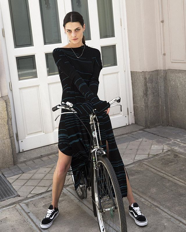 Qué ocurre cuando una adolescente rebelde e hiperactiva empieza a trabajar en el mundo de la moda? @marina_perezm desmontando tópicos en la segunda entrega de sus #7días7looks. (Fotografía: @rubenvega_ / Realización: @carlottawinder)  via VOGUE SPAIN MAGAZINE OFFICIAL INSTAGRAM - Fashion Campaigns  Haute Couture  Advertising  Editorial Photography  Magazine Cover Designs  Supermodels  Runway Models