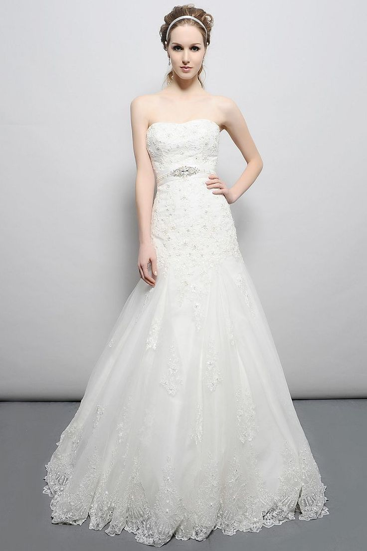 Classic beauty!  Give it a repin.  Eden Bridal GL020.  Available at www.gatewaybridal.com