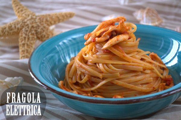 LINGUINE CON CALAMARI E PECORINO fragolaelettrica.com Le ricette di Ennio Zaccariello #Ricetta