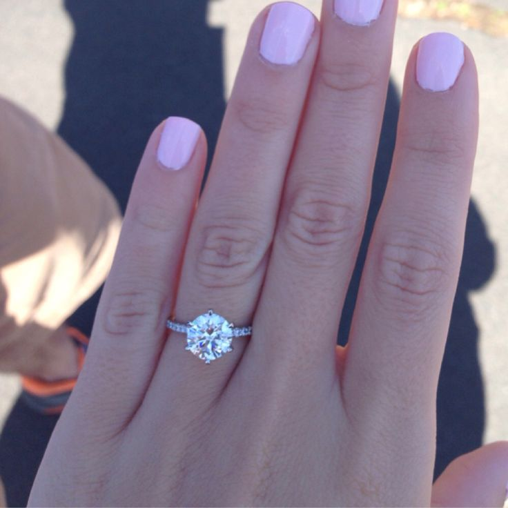 6prong round2 carot diamond with skinny pave band. This...is...perfection!! This…