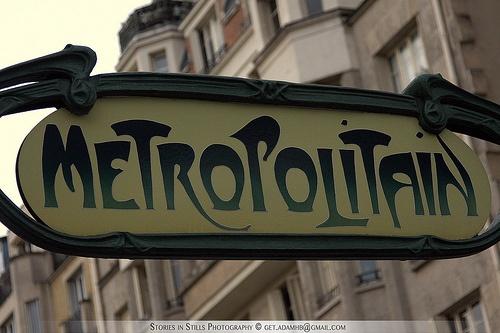 Paris Métro sign