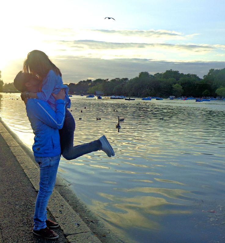 London kiss ! Hyde Park