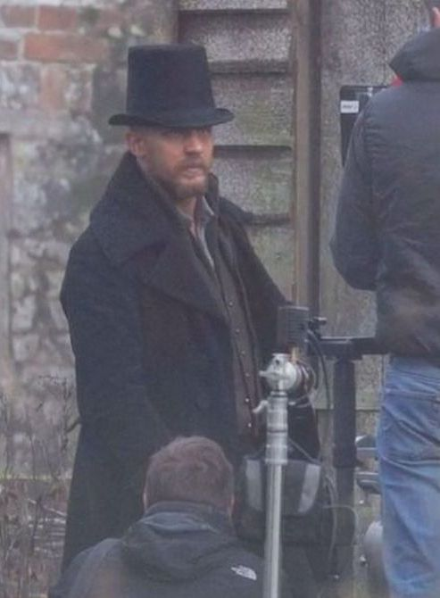 Tommy as James Keziah Delaney - Taboo (2016) - TV Mini-Series / November 26, 2015 / Surrey, England / TH0158