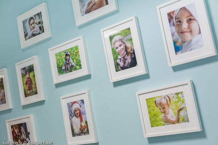 Готово! ✨🎉🌟Моя первая фотовыставка, приуроченная к 25-ти летию детского центра «Динамика», открыта!📷🎠 #vedishchev#ведищев#детскийфотограф#семейный фотограф#фотовыставка#ура#детскийцентр#выставка