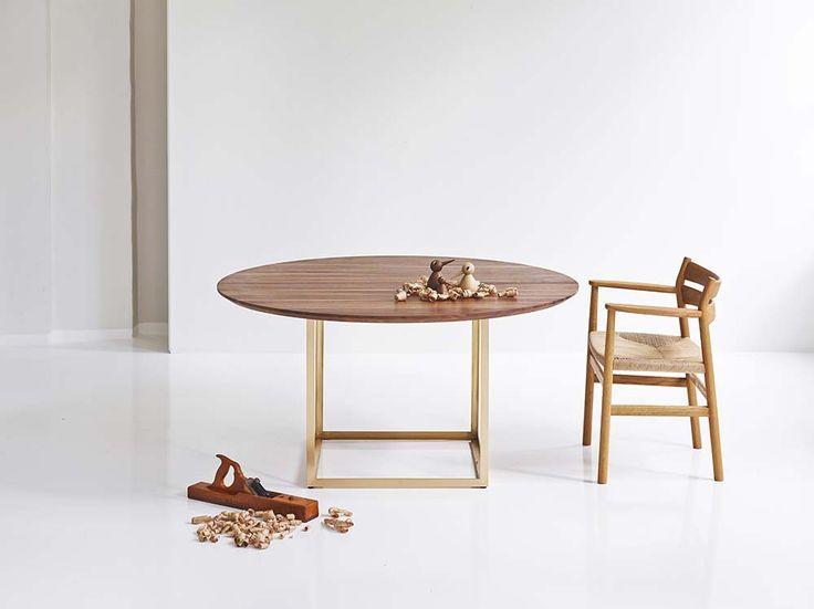 Jewel Table designed by Søren Juul together with the BM2 Chair designed by Børge Mogensen. #Danish #Design #Furniture #dk3 www.dk3.dk