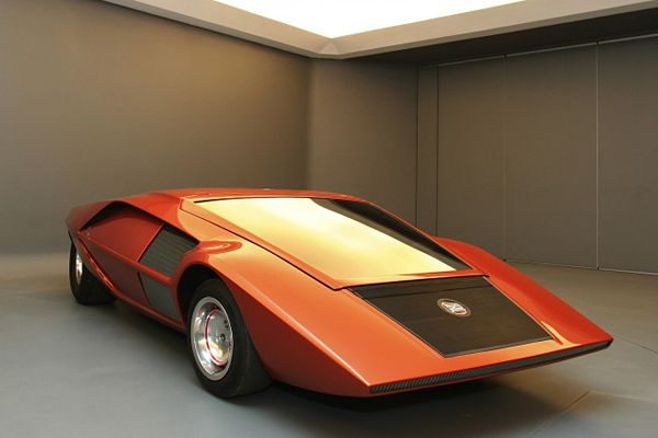 1970 Lancia Stratos HF Zero: Launches Layer, Futuristic Design, Zero Concept, Hf Zero, Layer Hf, Layer Zero, 1970 Launched, Concept Cars, Pink Panthers