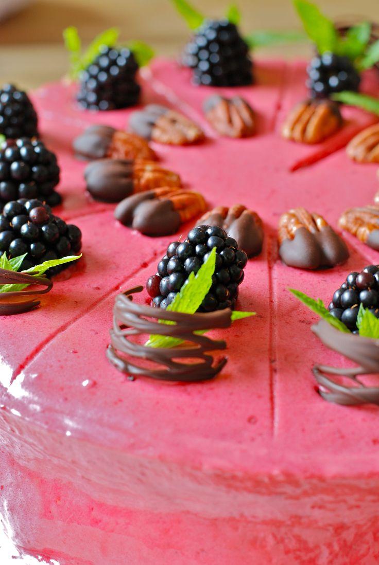 Met deze chocolade pecan schuimtaart won Andrea van Zwol de 1e prijs op de Taartenbakwedstrijd 2014 Festival der Zoete Verleidingen