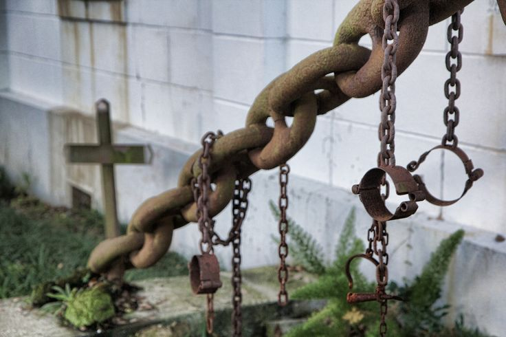The tomb of the unknown slave - made from chains from a slave ship and slave shackles.