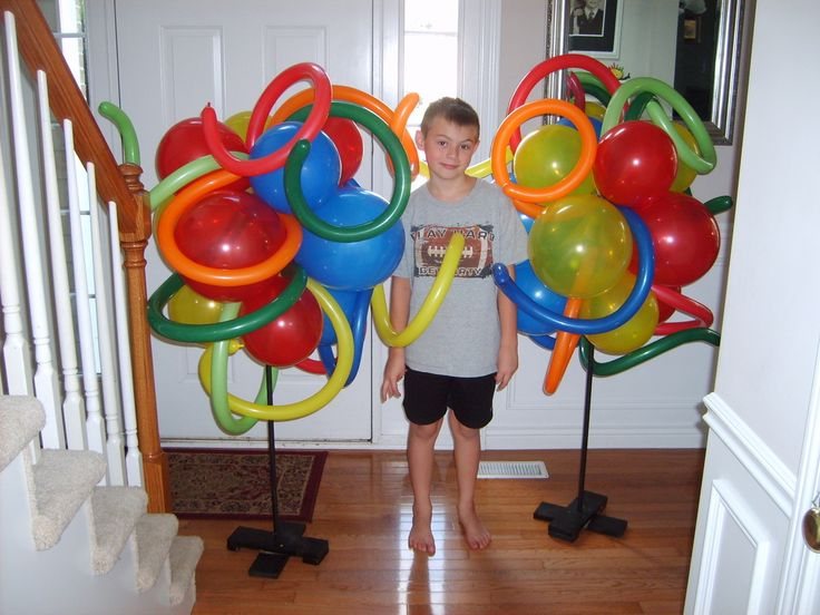 118 best images about balloons without helium on pinterest for Balloon arch no helium