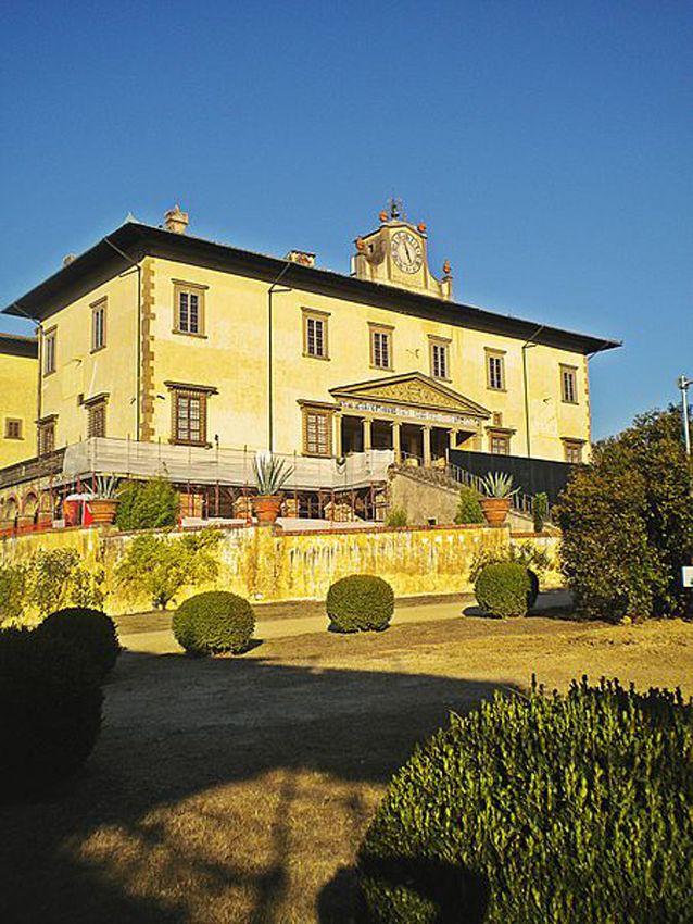 34 best images about guliano da sangallo on pinterest for Casa classica villa medici