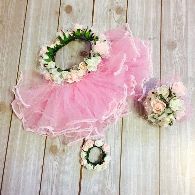 子どもの記念日や結婚式、発表会やハロウィンの仮装の衣装にバレリーナの代表的な衣装、「チュチュ」を手作りするのはいかが?女の子らしく華やかな印象のチュチュですが、なんとオール100均アイテムで手作りできるよ。しかも、作り方はとっても簡単。水切りネットで作れるだなんて、信じられないくらいのオシャレさです。可愛いお子さんのために、愛らしいチュチュをDIYしましょう♪
