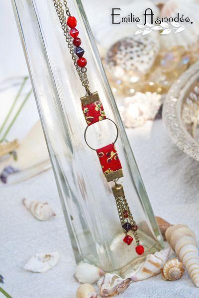 Sautoirs, Sautoir Liberty rouge et perles. est une création orginale de EmilieAsmodee sur DaWanda