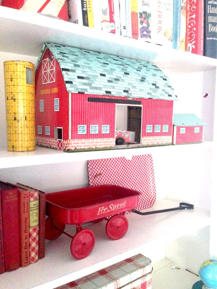 86 best Decorating with Vintage Toys! images on Pinterest   Old ...