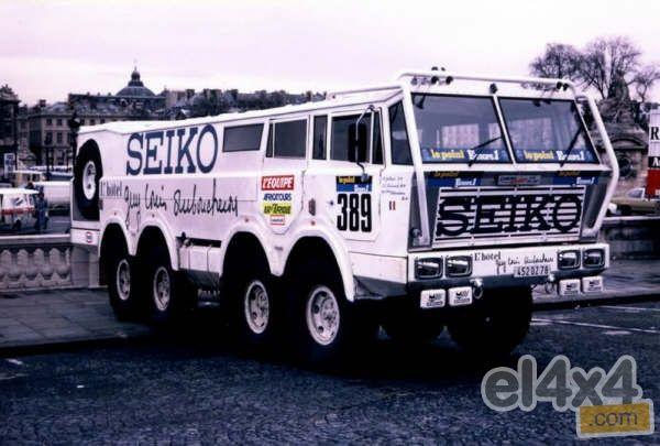 El Studebaker Proto Seiko 8x8 con el dorsal 389 y pilotado por Allain Galland, Jean-Louis Raimondi y Guy-Louis Duboucheron, tomó la salida en París el 1 de enero de 198