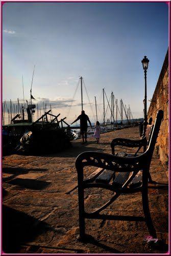 Muggia'nın Pier Evening Walk