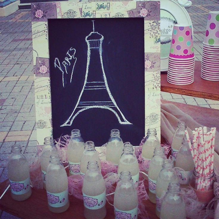 Λεμονάδα με θέμα το Παρίσι!
