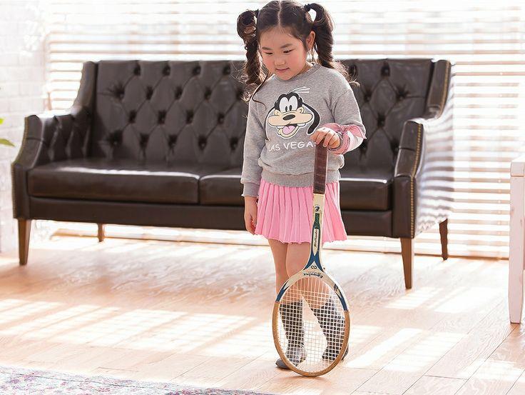 So cute~ Goofy t-shirt & pink knit skirt~