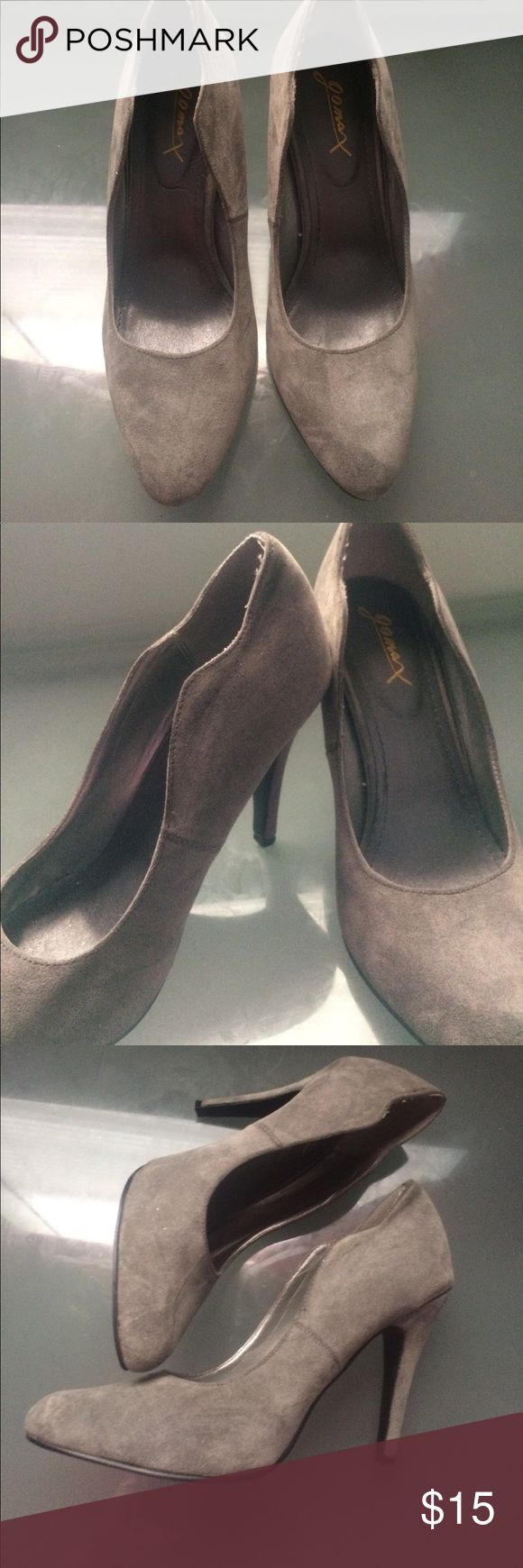 Grey High Heels Great for Work, Date, Going out etc.. USED Shoes Heels