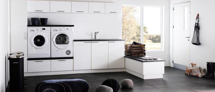 Utnytt plassen optimalt på vaskerommet ditt. Milk-vaskerom fra Kvik har fokus på form og funksjon. Alle har rett til et kult vaskerom hos Kvik.