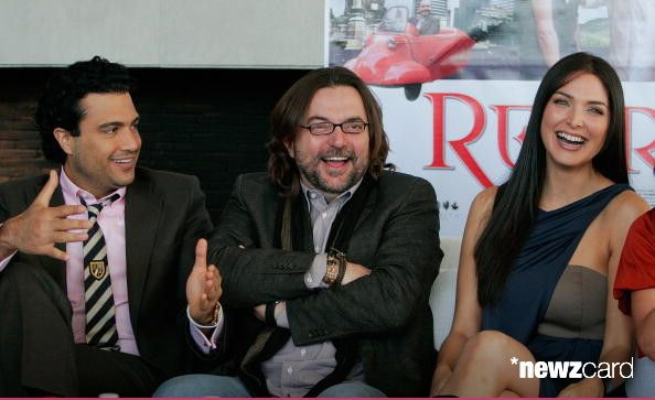 Actor Jaime Camil, film director Alejandro Gonzalez Padilla and actress Blanca Soto attend a press conference to launch the movie 'Regresa' at Habita Hotel on January 18, 2010 in Mexico City, Mexico. (Photo by Hector Vivas/Jam Media/LatinContent/Getty Images)