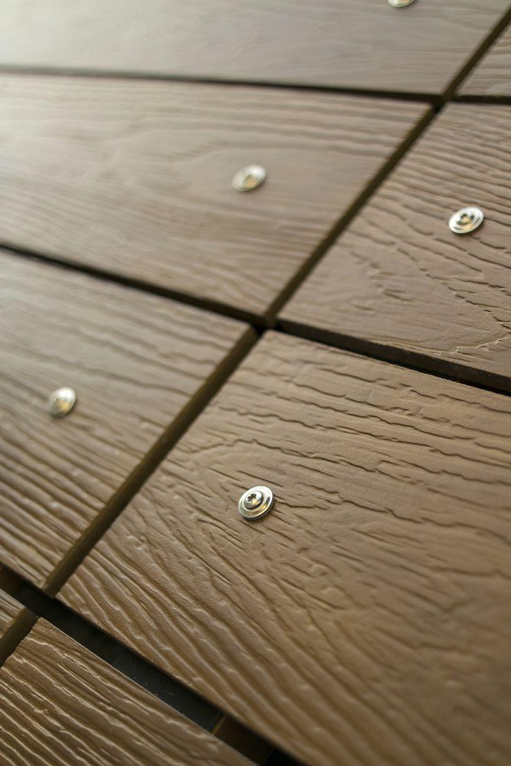 Détail CETRIS PROFIL FINISH, clins imitation bois en bois-ciment, fixation apparente, parement de façade