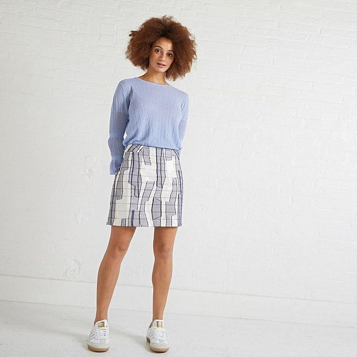 Pin by Allan Smith on Mini Skirt | Mini skirts, Fashion